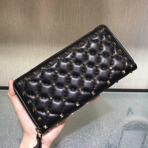 2017 F/W Valentino Rockstud Spike Zip Continental Wallet in black lambskin leather