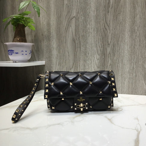 2018 Fall/Winter Valentino Candystud Clutch Bag in Black Quilted Leather