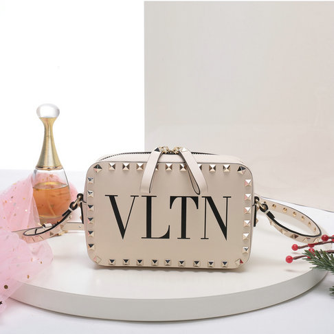 2018 S/S Valentino Rockstud Camera Bag in Ivory VLTN Print Calf Leather