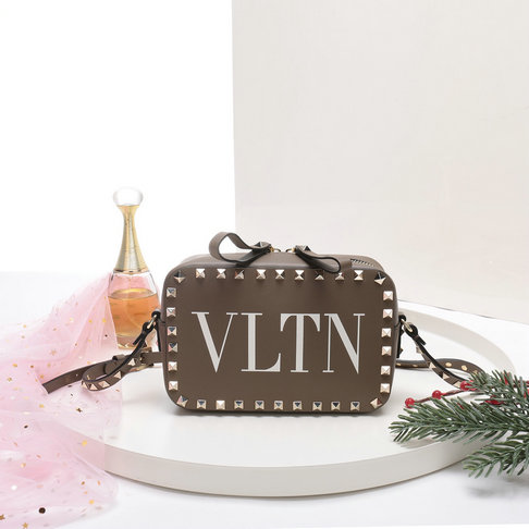 2018 S/S Valentino Rockstud Camera Bag in VLTN Print Calf Leather