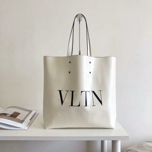 2018 New Valentino Rockstud VLTN Print Shopping Tote Bag in White