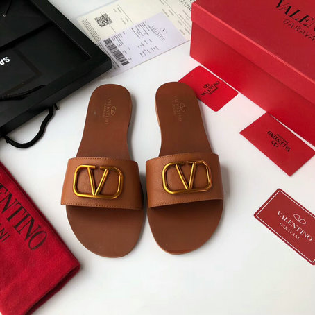 2019 Spring Valentino Cowhide Slide Sandal with Go Logo Detail