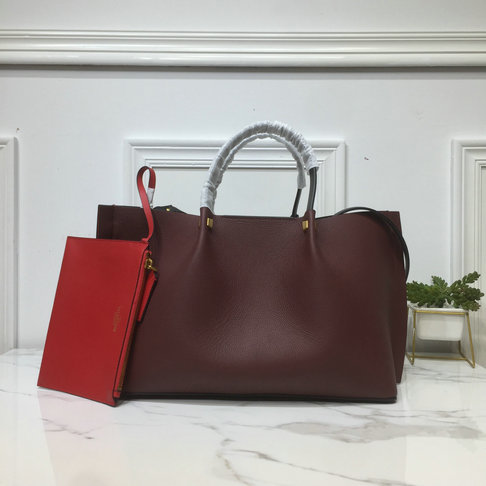 2019 Valentino Medium VLOGO Escape Grainy Calfskin Shopper in Burgundy