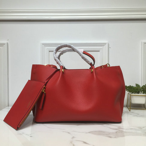 2019 Valentino Medium VLOGO Escape Grainy Calfskin Shopper in Red