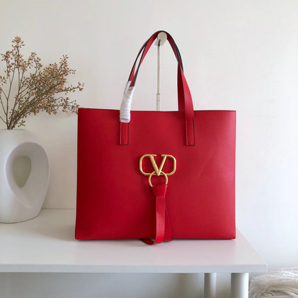 2019 Valentino Large E/W Vring Shopping Tote in Red