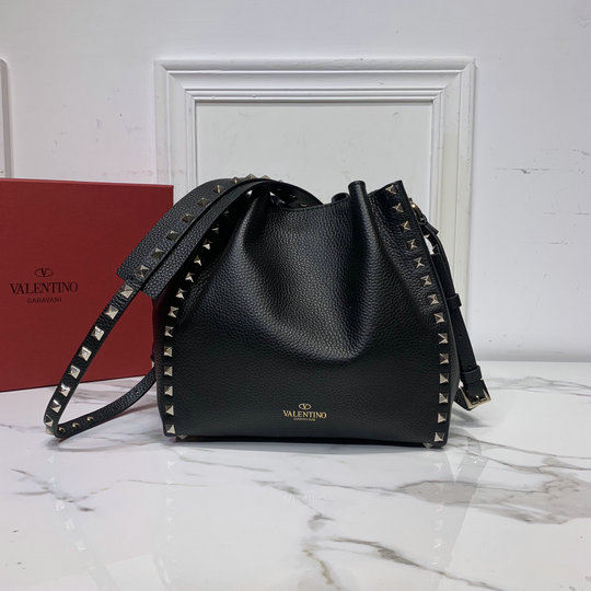 2020 Valentino Small Rockstud Bucket Bag in Black Grainy Calfskin Leather