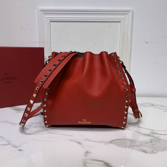2020 Valentino Small Rockstud Bucket Bag in Red Grainy Calfskin Leather