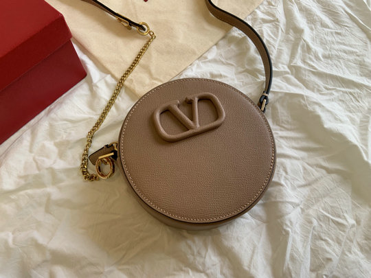 2020 Valentino Round VSling Shoulder Bag in nude grained calfskin leather