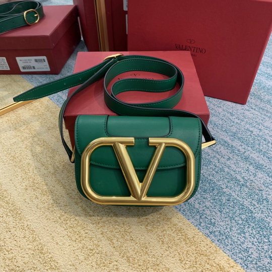 2020 Valentino Supervee Small Shoulder Bag in Green Leather