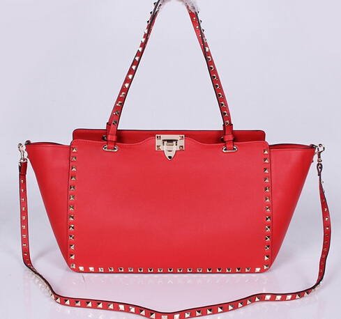 Valentino Medium Smooth Calfskin Rockstud Tote Red