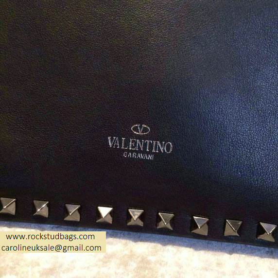 Valentino Rockstud Clutch in Black